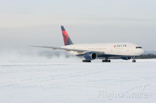 Boeing 777-200 (DAL249) - Medical diversion 10jan2013
