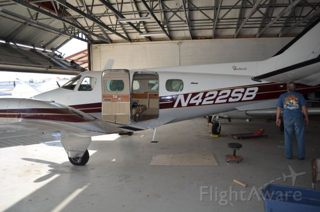 Beechcraft Duke (N422SB)