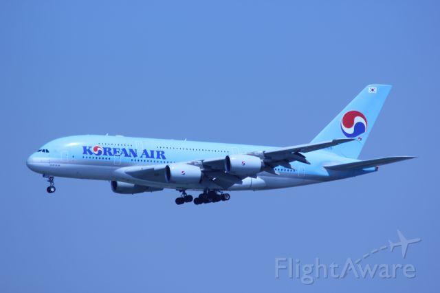 Airbus A380-800 (HL7613) - A380