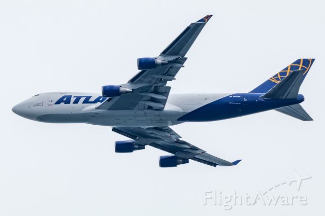 Boeing 747-400 (N493MC) - Big Atlas 747 on base over Sandy Hook NJ.  November, 2018