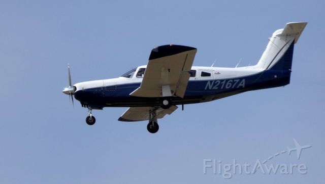 Piper Lance 2 (N2167A) - On final is this 1978 Piper PA32RT-300 in the Spring of 2019.