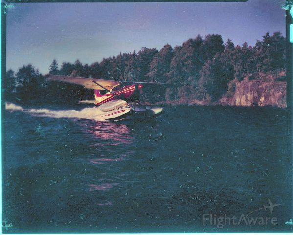 Cessna Skyhawk (N9588B) - With canoe on Burntside Lake, Minnesota about 1962 when operated by Duncan Airways Inc. of Isabella Minnesota.    Despite the heading, this is a Cessna Skywagon 180.