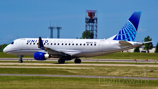 Embraer 175 (N85363) - A United ERJ 175 operated by Mesa airlines is flying United 6330 back to Houston Texas.