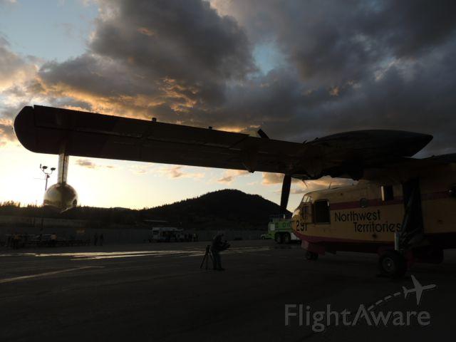 Canadair CL-215 (C-GBPD) - Gorgeous sunset!