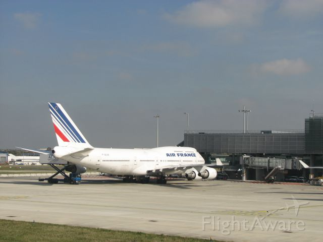 Boeing 747-200 (F-GEXB) - F-GEXB at Charles-de-Gaulle