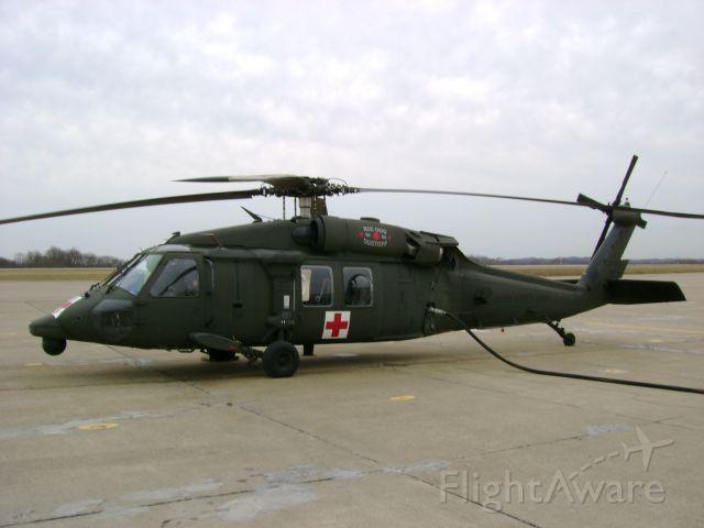 — — - Army UH-60 Blackhawk