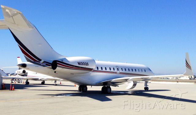 Bombardier Global 5000 (N130QS)