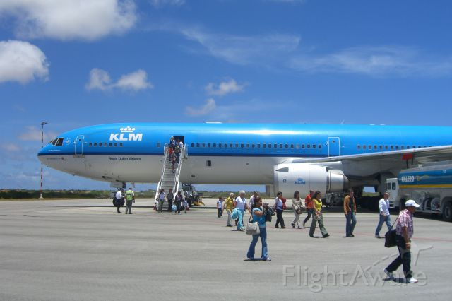 Boeing MD-11 (PH-KCE) - 2006