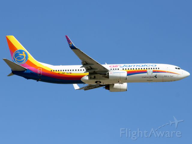 Boeing 737-800 (9Y-JMF)
