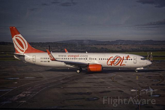 Boeing 737-800 (PR-GUU) - Awaiting for departure from Belo Horizonte, Minas Gerais to Salvador, Bahia, Brasil