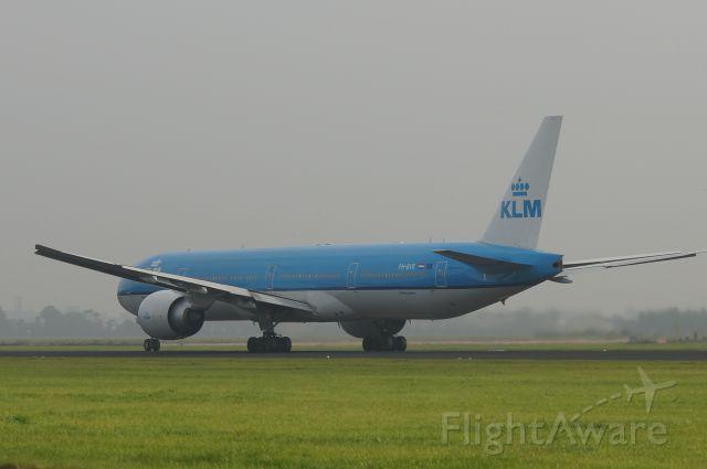 BOEING 777-300 (PH-BVK)