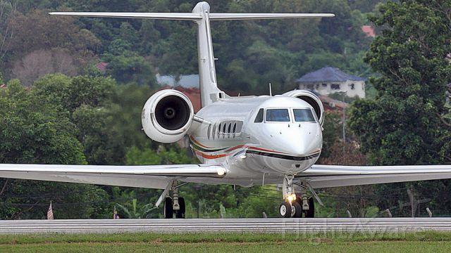 N818KE — - line-up for take off Runway 15.