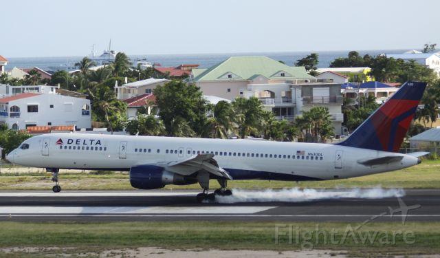 McDonnell Douglas MD-88 (N630DL)