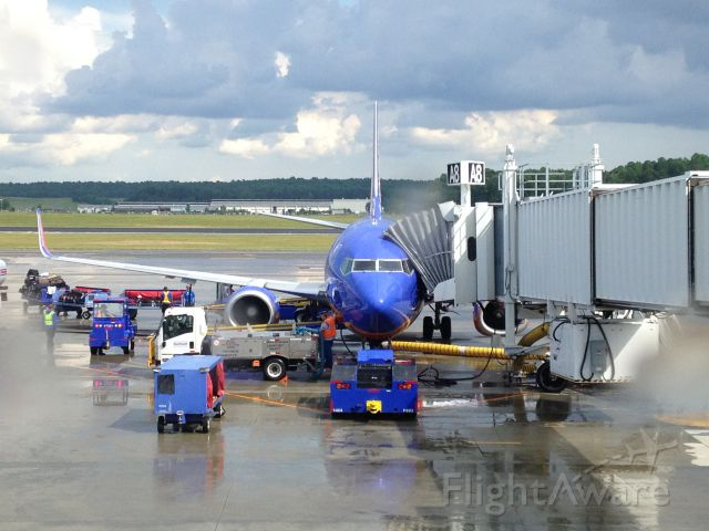 """BOEING 737-300 (N622SW) - This is a now retired Southwest 737-300 at Raleigh-Durham Intl Airport on July 18, 2017. Please check out my YouTube channel called """"Brennan's Flight Factor"""", it's really cool!"""