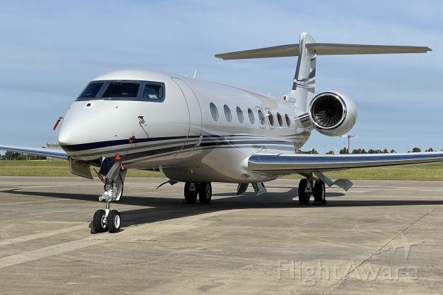 Gulfstream Aerospace Gulfstream G650 (VP-CJR) - Resting Gulfstream G650.