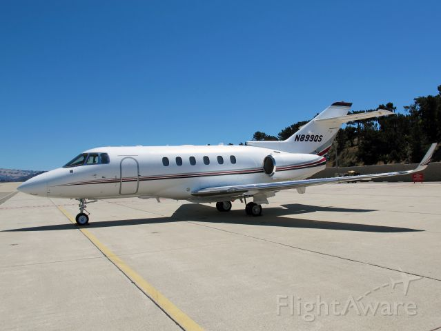 Raytheon Hawker 800 (N899QS) - A solid business jet with a stand up cabin.