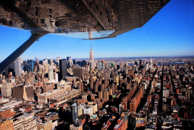 Cessna Skyhawk (N107MA) - Hudson River Corridor