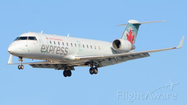 Canadair Regional Jet CRJ-200 (C-FWJI)