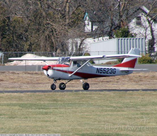 Cessna Commuter (N5523G)