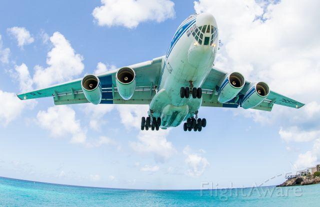 RA-76511 — - Nice & Low over Maho Beach, St. Maarten