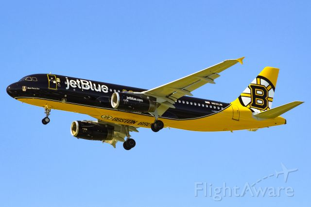 Airbus A320 (N632JB) - JetBlue's newest special livery for the Boston Bruins.