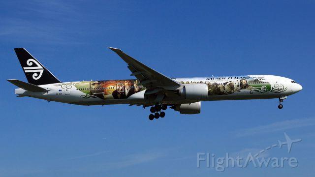 BOEING 777-300 (ZK-OKP) - The Hobbit: An Unexpected Journey