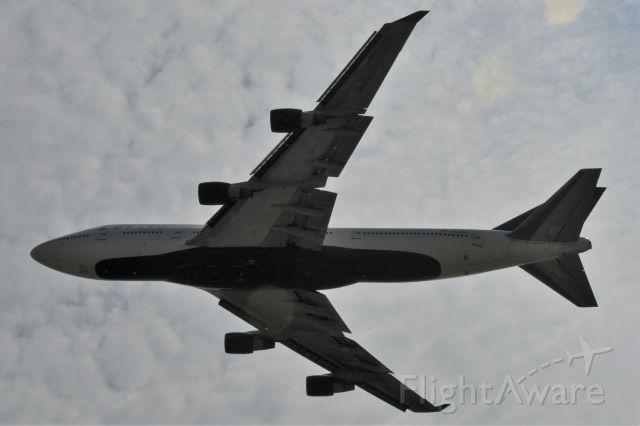 Boeing 747-400 (N662US) - Aluminum Overcast