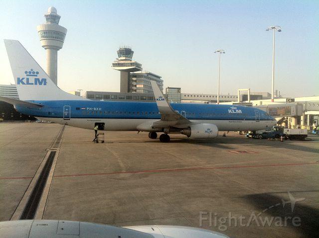 Boeing 737-700 (PH-BXH) - At Schiphol