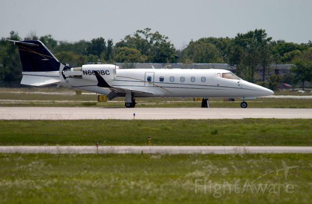 Learjet 60 (N660BC) - Landing at Opalocka , Miami Florida.
