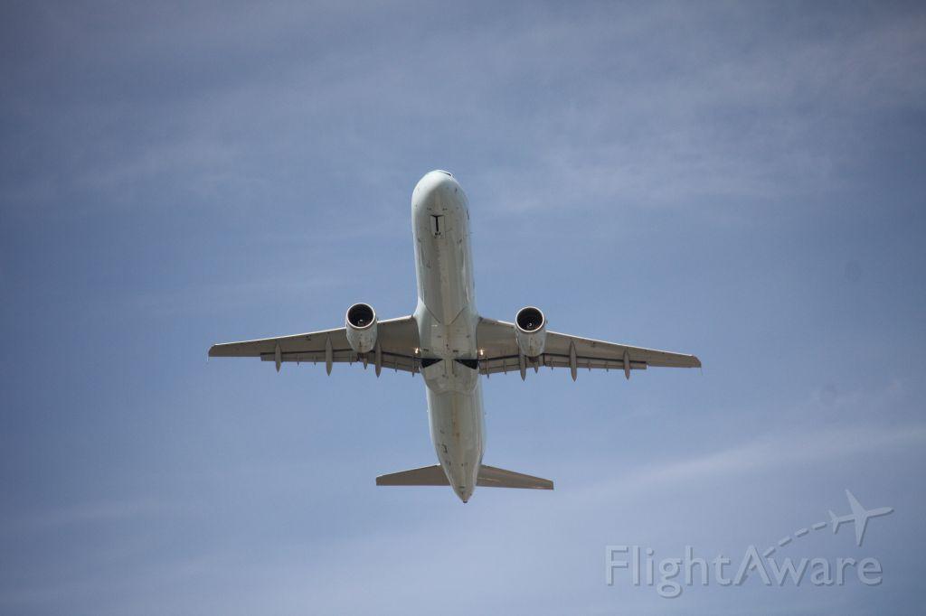 Airbus A321 (C-GITU)