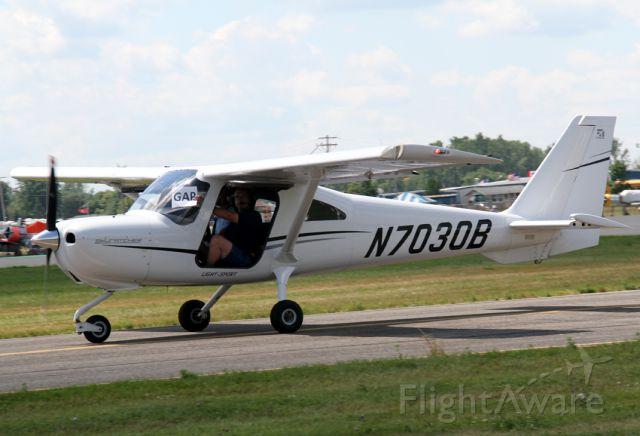 Cessna Skycatcher (N7030B)