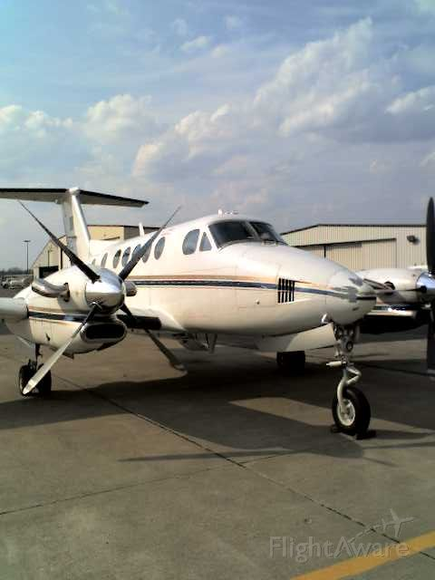 Beechcraft Super King Air 300 (N327ME) - The airplane formerly known at 926PR.