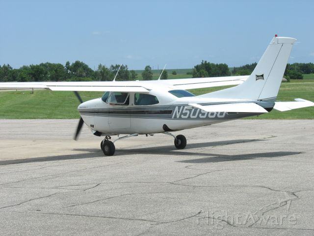 Cessna Centurion (N5098U) - At the MYZ fly-in