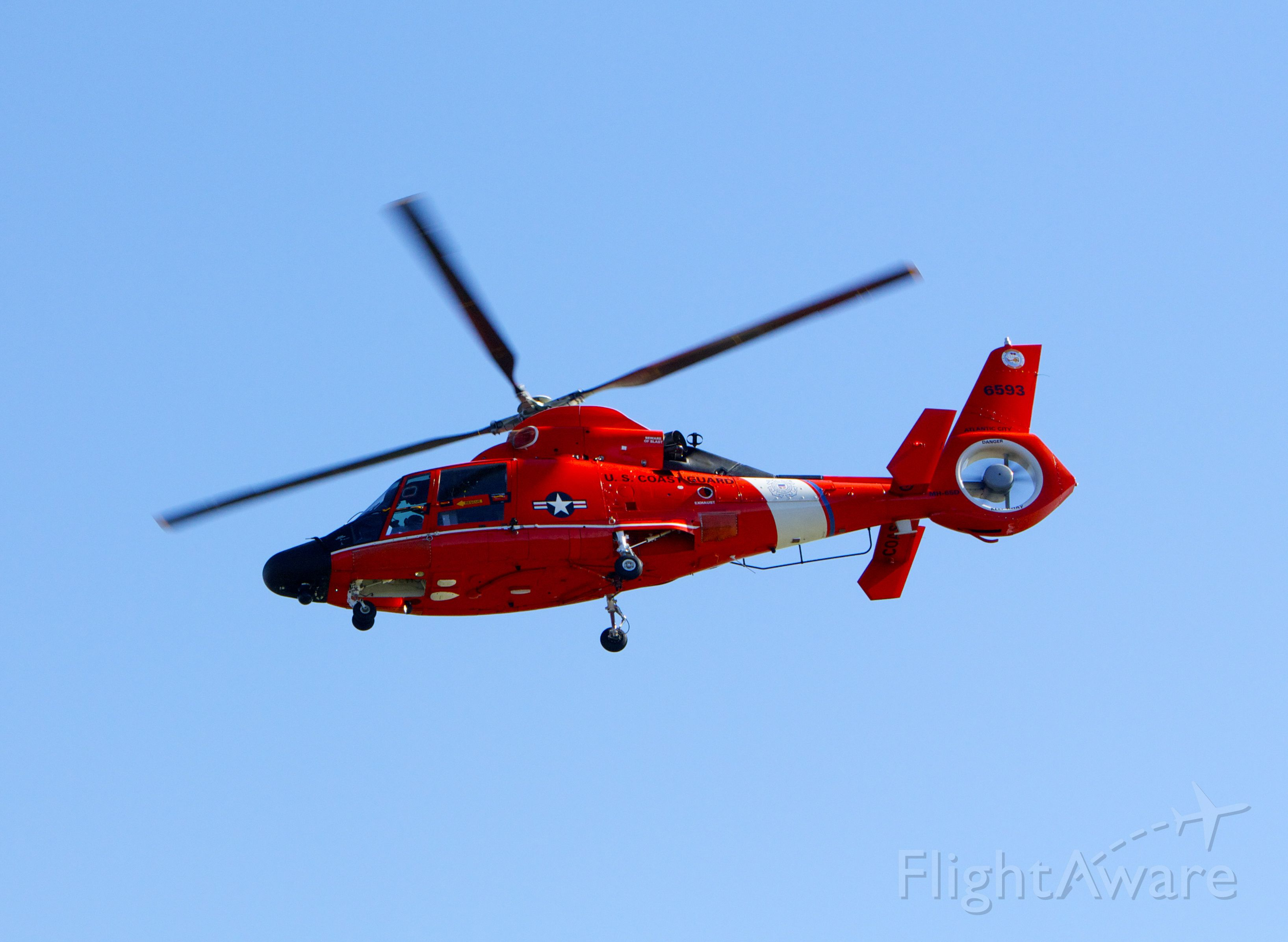 — — - United States Coast Guard from Reagan National