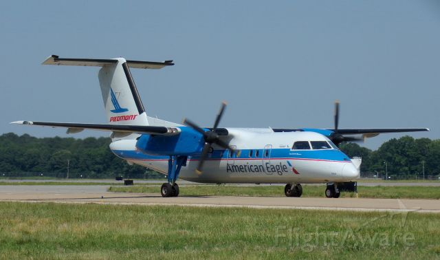 de Havilland Dash 8-100 (N837EX) - *Captured 2 days ago* Piedmont Heritage!