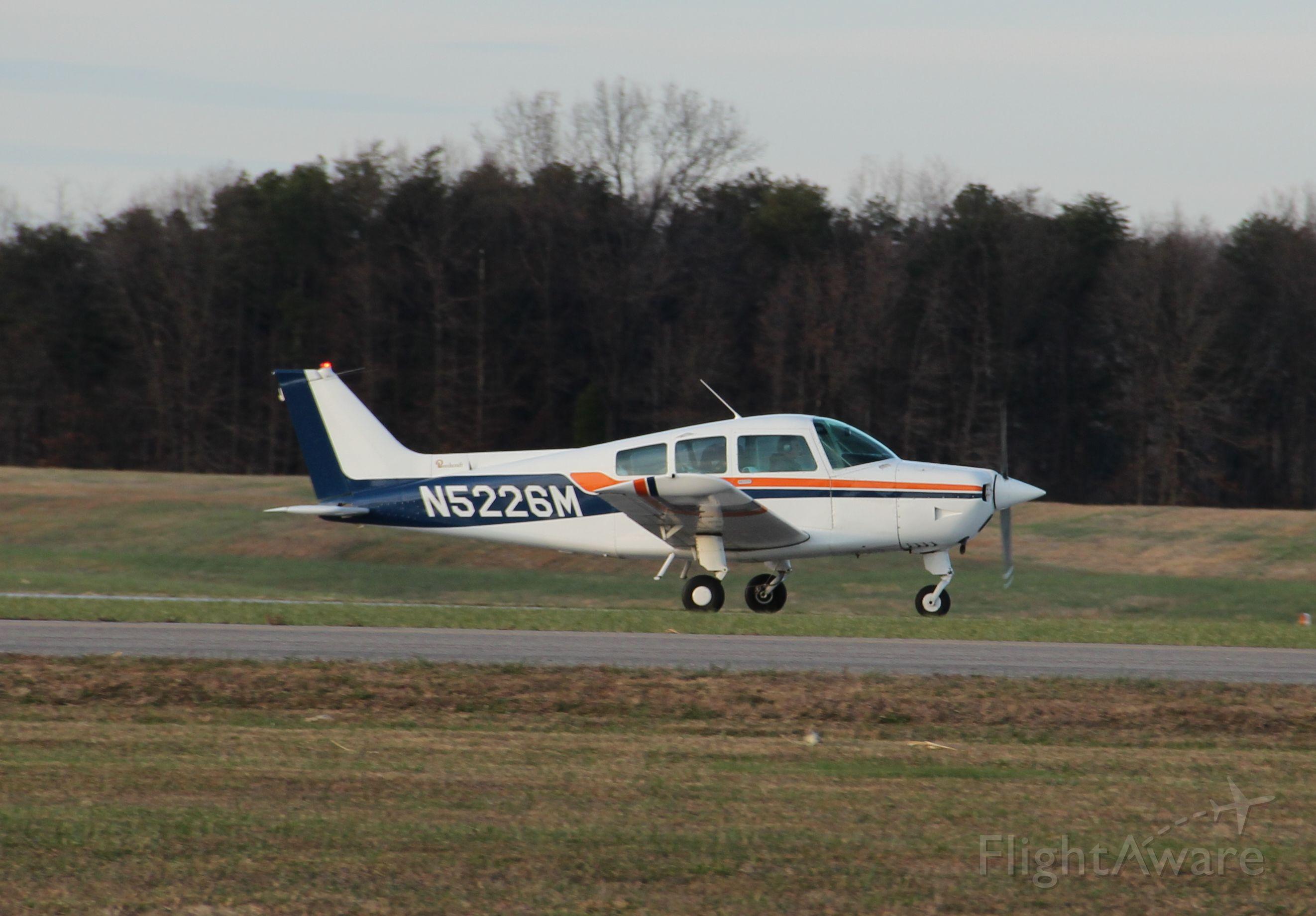Beechcraft Sundowner (N5226M) - Departing rwy 09...