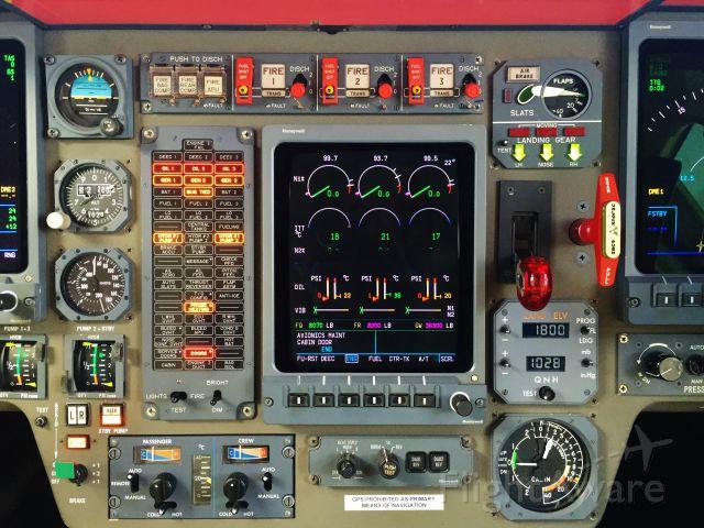Dassault Falcon 900 —