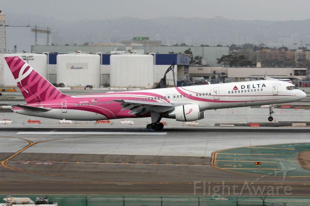 Boeing 757-200 (N610DL)
