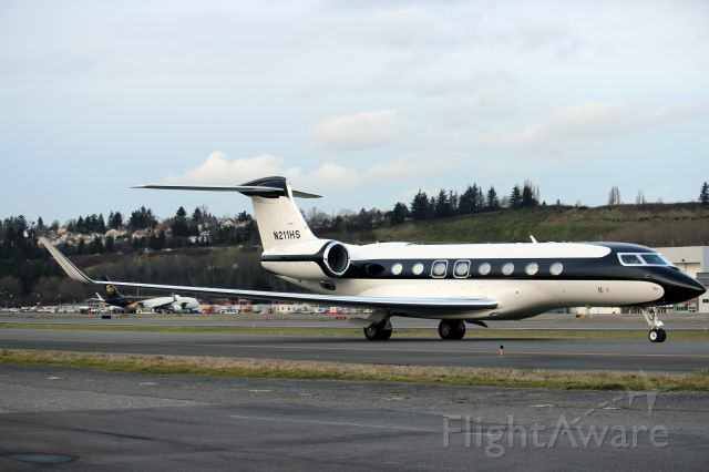 Gulfstream Aerospace Gulfstream G650 (N211HS) - Starbucks coffees Gulfstream G650 is taxing to parking after a beautiful landing.