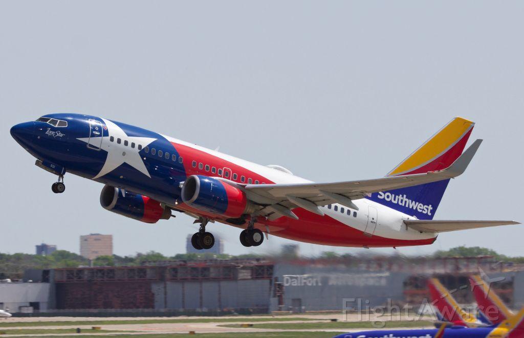 Boeing 737-700 (N931WN) - I