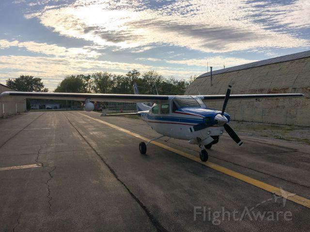 Cessna Centurion (N210MS)