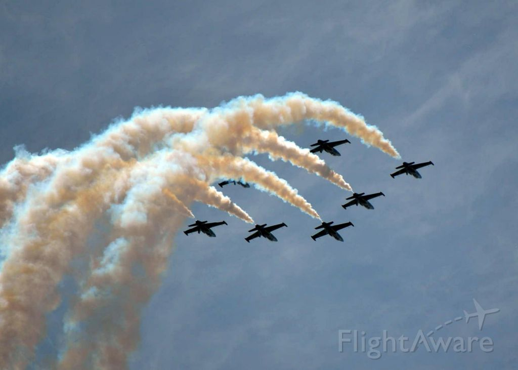 — — - Breitling Team first performance in the USA at Sun N
