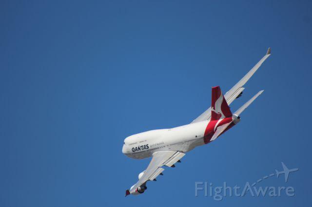 Boeing 747-400 (VH-OEH) - F1 2015 Qantas Display