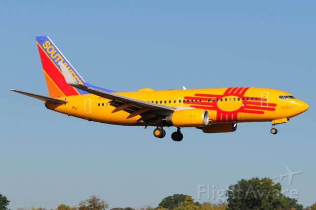 Boeing 737-700 (N781WN) - New Mexico One