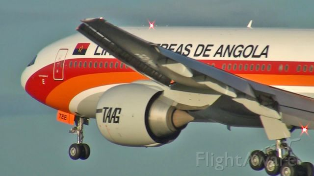 Boeing 777-200 (D2-TEE) - Colorful bird arriving at Lisbon Airport!