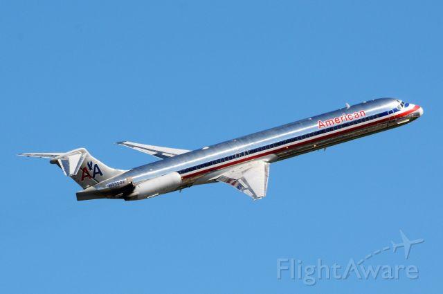 McDonnell Douglas MD-83 (N33502)