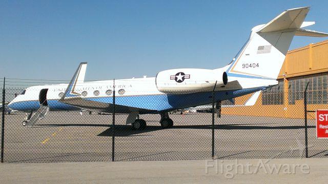 Cessna Skyhawk (N90404) - In Kansas City for the 2014 World Series