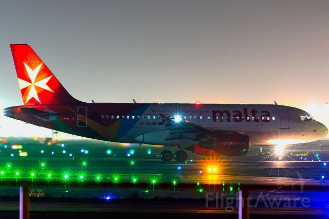 Airbus A319 (9H-AEH)