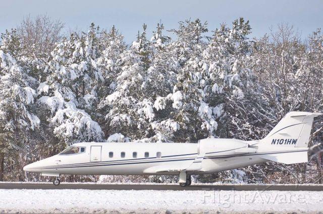 Learjet 60 (N101HW) - 26-Dec-2010