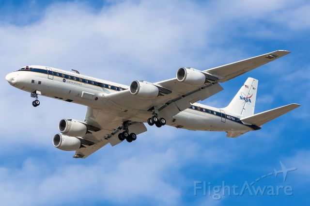 McDonnell Douglas DC-8-70 (N817NA) - NASA 817 arrives into BOI to start the FIREX-AQ Mission! br /Full Quality Photo --> https://www.airliners.net/photo/NASA/McDonnell-Douglas-DC-8-72/5609713br /Like my posts? Follow me on Instagram! @BOISpotter